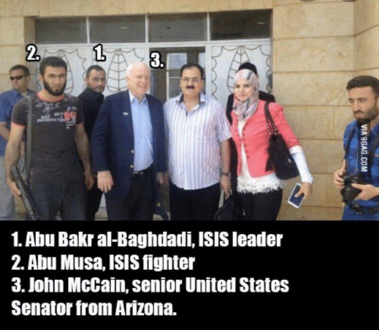 McCain_with_Bagdadi_EH20z0PWoAEhEHG