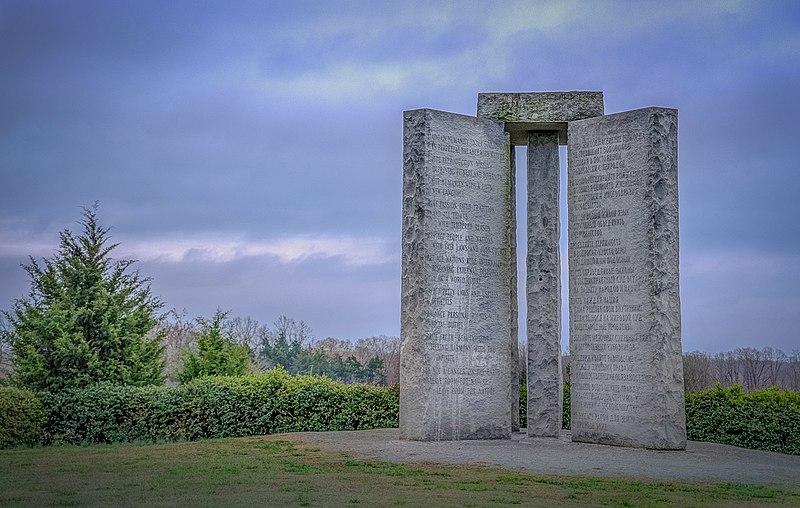 800px-georgia_guidestones_2014-03-18_01